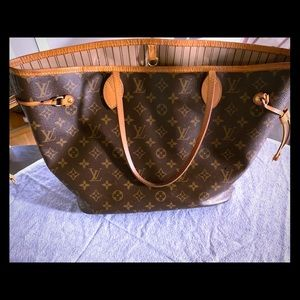 Authentic Louis Vuitton MM Neverfull